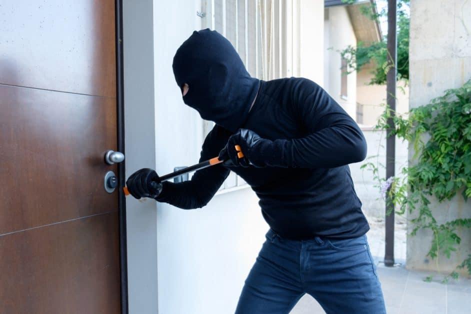 Fetish behavior and burglary — img 9